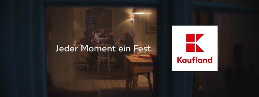 kaufland jeder moment ein fest song aus der tv werbung november 2016 tvsong. Black Bedroom Furniture Sets. Home Design Ideas